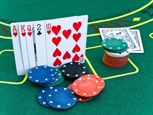 Derfor elsker vi online casinoer